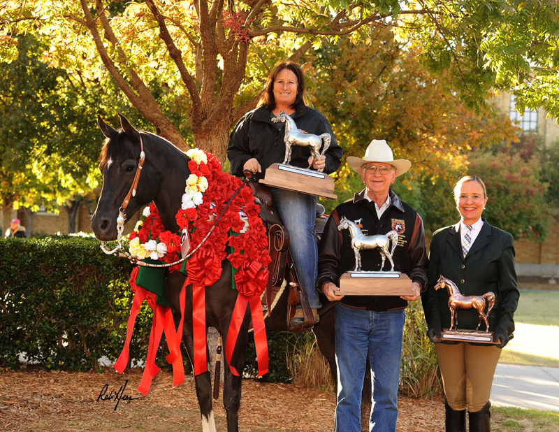 2017 US Nationals:  Jil Mitchell, Nan and Dick Walden, and Agracie Girl V